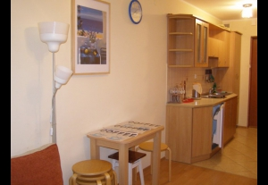 KM - pokoje i apartamenty