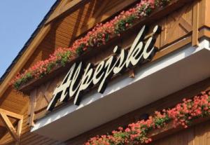 Hotel *** Alpejski