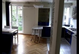 Tanie Noclegi - Mieszkanie w centrum Warszawy