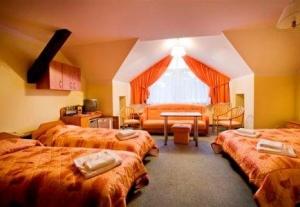 Hotel Morskie Oko