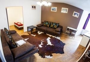 Euro-Room Hostel