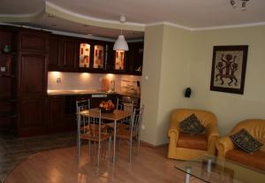 DRAGON Noclegi Elbl�g- apartamenty