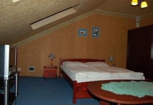 Hotel KOPERNIK**