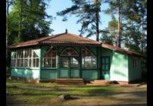 Stacja Hydrobiologiczna PAN CBE-Pokoje Gościnne i Domki Drewniane