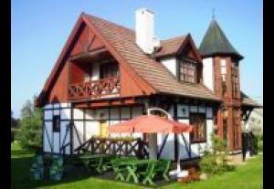 Osada Danków-Dom Z Wieżyczkami