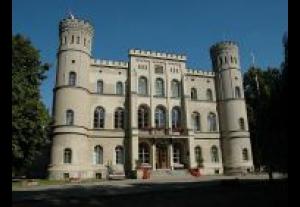 Zamek Rokosowo Ośrodek Integracji Europejskiej