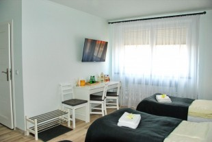 7th Room Guest House